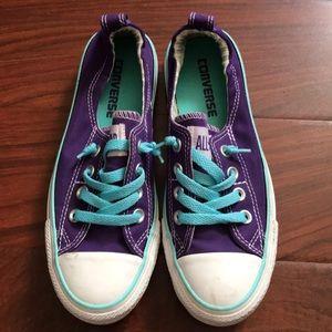 Converse All Star • Size 6 • Color: Purple